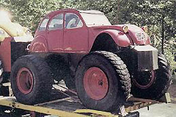 Citroen-2CV-bigfoot.jpg